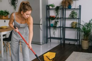 Handy Guidelines on Picking the Best and Most Reliable House Cleaning Services