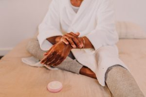 How to Keep Your Skin Healthy – Basics and Other Recommendations to Remember